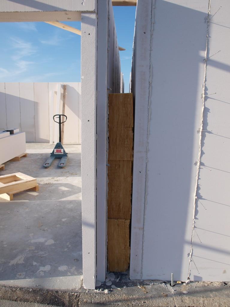 Isolering mellem hus og garage