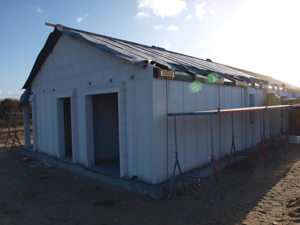 På nordsiden mangler kontor, værelse og garage